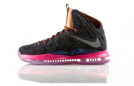 The Nike LeBron X EXT (Source: Insider.Nike.com)